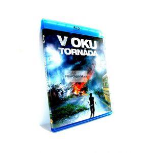 https://www.filmgigant.cz/15615-36682-thickbox/v-oku-tornada-bluray-bazar.jpg