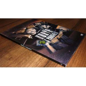https://www.filmgigant.cz/20892-25970-thickbox/kuryr-z-podsveti-dvd-bazar.jpg