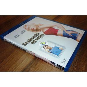 https://www.filmgigant.cz/23541-29057-thickbox/sexbomba-od-vedle--necenzurovana-verze-bluray-bazar.jpg