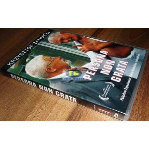 https://www.filmgigant.cz/27591-33980-thickbox/persona-non-grata-krzysztof-zanussi-dvd-bazar.jpg