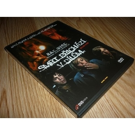 http://www.filmgigant.cz/332-thickbox/smrt-prichazi-v-bilem--edice-dvd-edice-dvd-bazar.jpg