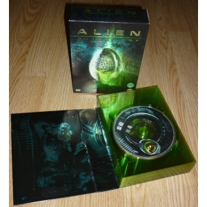 https://www.filmgigant.cz/4110-15201-thickbox/vetrelec-quadrilogie-9dvd-ultimatni-kolekce-alien-quadrilogy-dvd-bazar.jpg