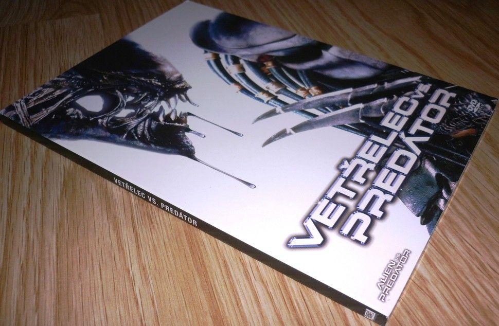 Vetřelec vs. Predátor 1 (DVD) (Bazar)